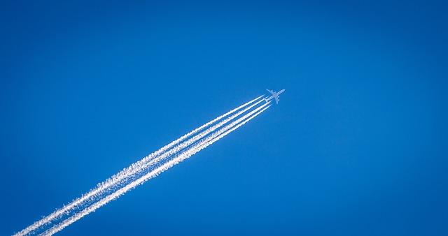 stopy za letadlem