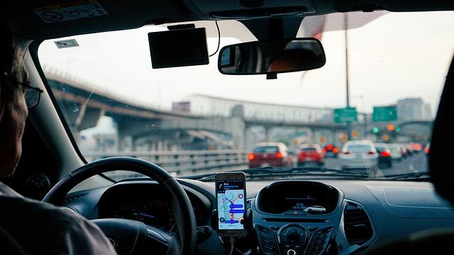 na dálnici s navigací